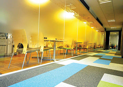 Advice choose Office carpet tiles coloured offices
