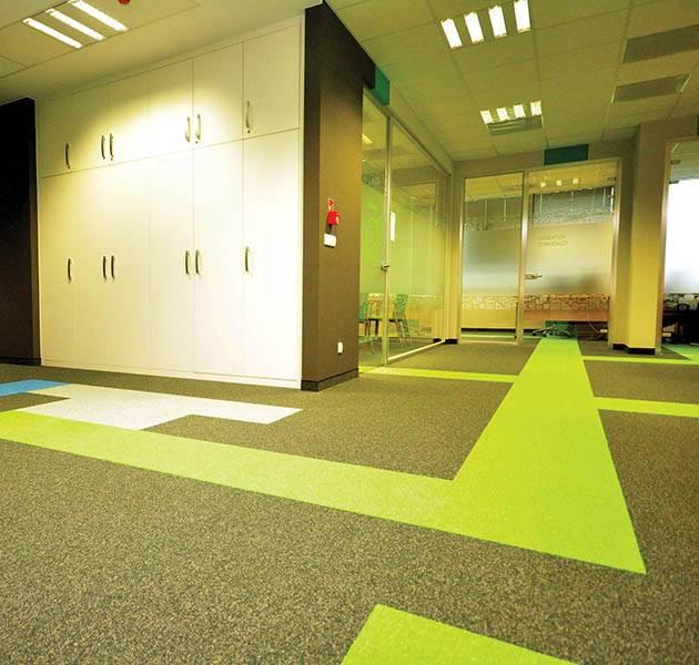 Inspiration Grande Reference office dalles season summer winter infini design ombra couloir vert
