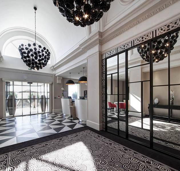 Inspiration Grande Reference hotel dalles bolero personnalisation le front desk