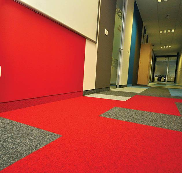 Inspiration Grande Reference office dalles season summer winter infini design ombra couloir macro zone rouge