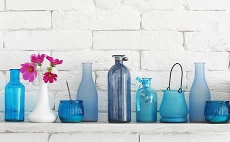 Inspiration colours decor blue glass bottles